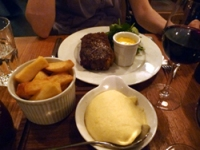 Sirloin Steak with Big Chips and Béarnaise Sauce